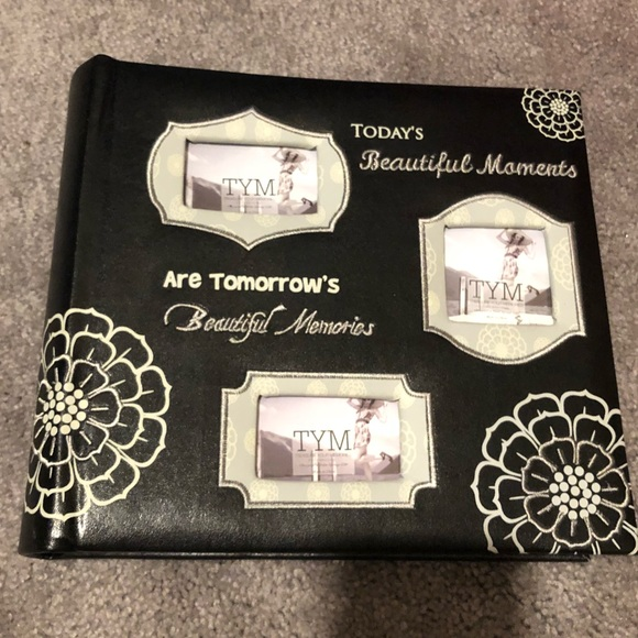 Treasure Your Memories Other Nwot Photo Album Holds 200 Photos